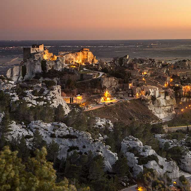 From the camargue to the alpilles your nature stop itinerary with hotelf1 - Hotel f1 salon de provence ...